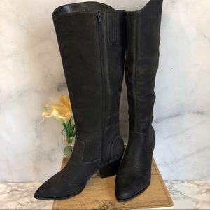 Bella Vita Black Cowboy Style Boots Size 9